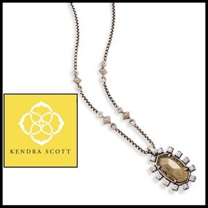 Kendra Scott Brett Pendant in Antique Brass. 🆕